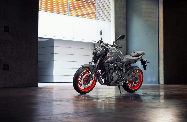 Yamaha-MT07-2021-Storm-Fluo-Dumke-Luett-Hamburg-Vertragshaendler